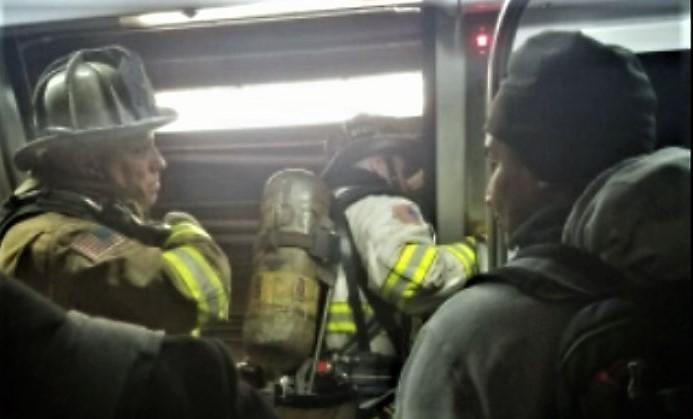 Photo of Radio traffic from DC Metro Red Line train derailment