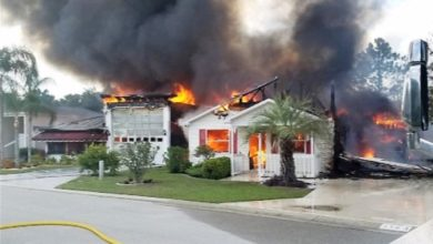 Photo of Polk County, FL battalion chief gets two out of burning home